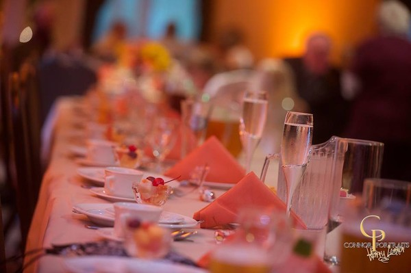 600x600 1417900046186 head table