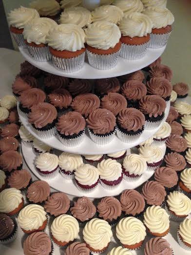 600x600 1417900106205 cupcake tower 3