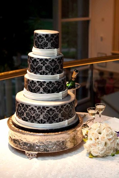 charlotte wedding cake the wow factor cakes nc wedding cake 12508