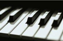 220x220 1200370975141 piano