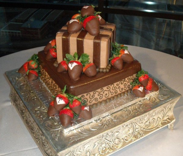 photo 31 of Confections in Cake