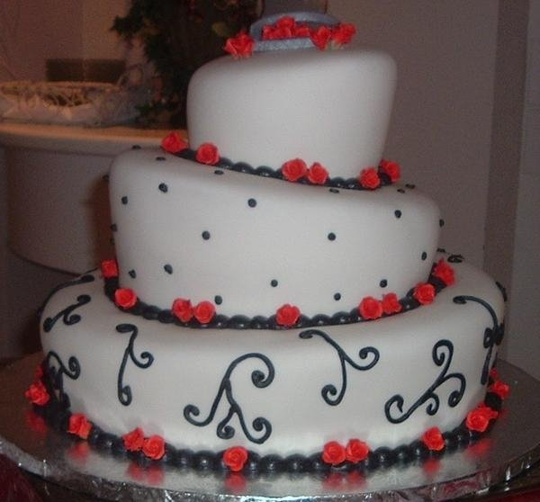 photo 11 of Confections in Cake