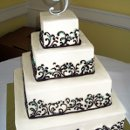 130x130 sq 1310418203089 weddingcakeganacheandblueswirls