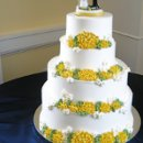 130x130 sq 1310418659894 weddingcakeyellowmums