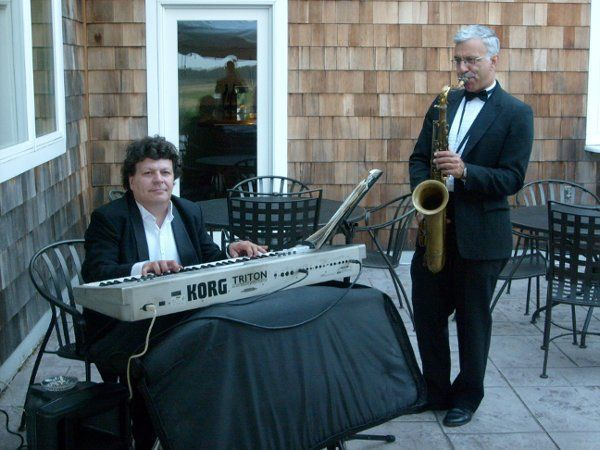 Sound chaser long island 39 s hottest party band band for Long island wedding bands