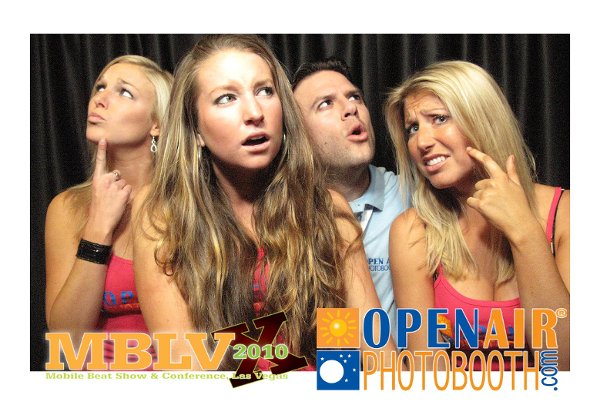 photo 7 of Open Air Photobooth