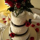 130x130_sq_1277155012901-kagolweddingcakecropped