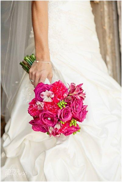 alluring blooms madison wi wedding florist. Black Bedroom Furniture Sets. Home Design Ideas