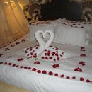 130x130 sq 1278649938787 romanticbedsettings