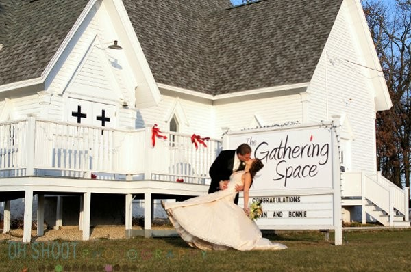 The Gathering Space Venue Omro Wi Weddingwire