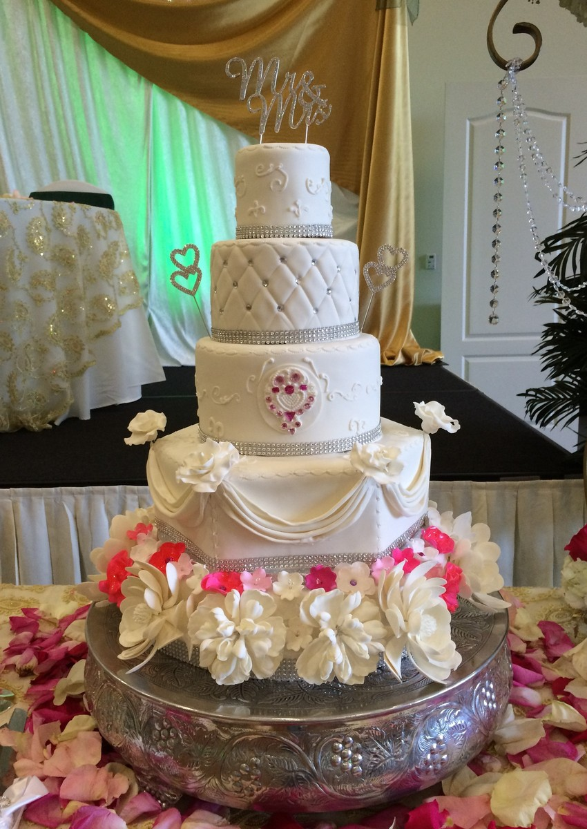 Hotels In Miami Beach >> Cakes by Lara - Wedding Cake - Boynton Beach, FL - WeddingWire