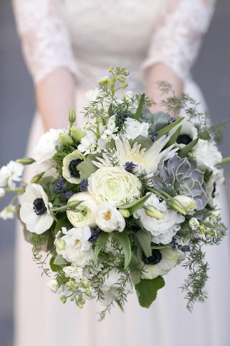 mimosa floral design studio flowers brooklyn ny weddingwire. Black Bedroom Furniture Sets. Home Design Ideas