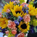 130x130_sq_1324753799064-floralsbyrhondadesignjoangroshansphtotography