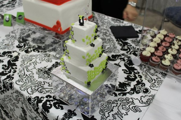 photo 7 of Unique Designer's Cake