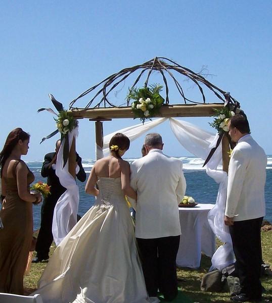 600x600 1376064199595 wedding in front of the ocean
