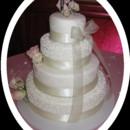 130x130 sq 1427309880792 mooshus elegant bow ivory preal wedding cake