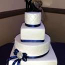 130x130 sq 1461083432924 mooshus square round qulited 4 tier wedding cake n