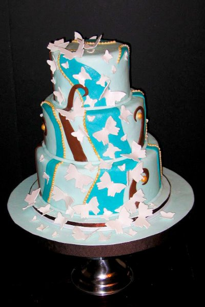 photo 2 of Sugarbuzz custom cakes