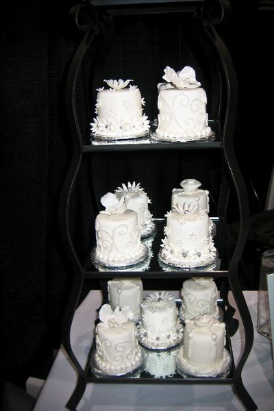 photo 28 of Sugarbuzz custom cakes