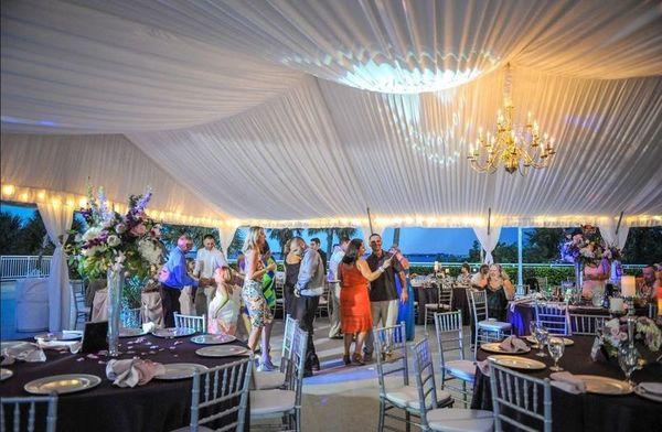 1528482413 F0883a1173a3aa1b 1528482412 916ed6d3ee062fa4 1528482385830 3 3 Jensen Beach wedding venue