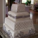 130x130 sq 1280655278576 cakes1009105