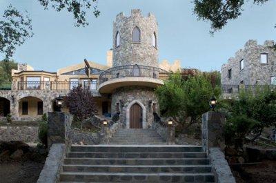 Lobo castle wedding ceremony reception venue for Castle wedding venues southern california