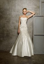 220x220 1282680209076 gown