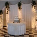 130x130 sq 1431445818816 18 wedding cake with lighted backdrop