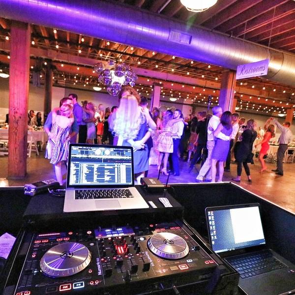 Grand Rapids Wedding Rentals: Grand Rapids, MI Wedding Dj