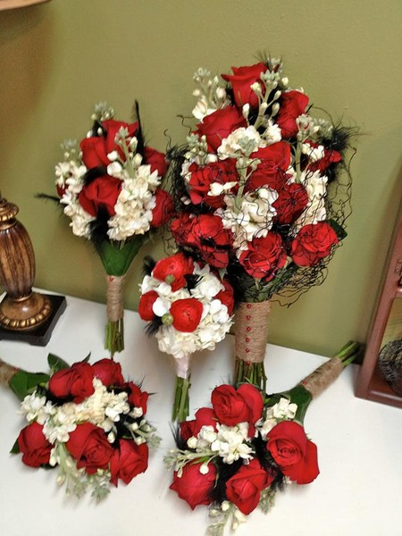 1371133566092 B16 Valrico wedding florist