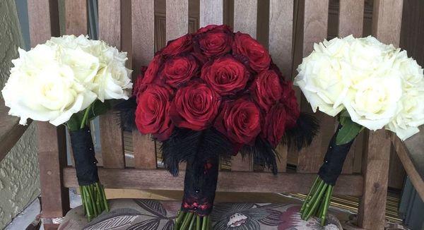 1519851822 C84513221ad42622 1519851819 2333a127f14fa8f8 1519851811144 5 IMG 1052 Valrico wedding florist