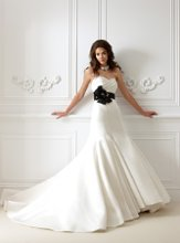 F470 Strapless sweetheart neckline with vertical pleats on bodice and skirt and detachable accent waistband.