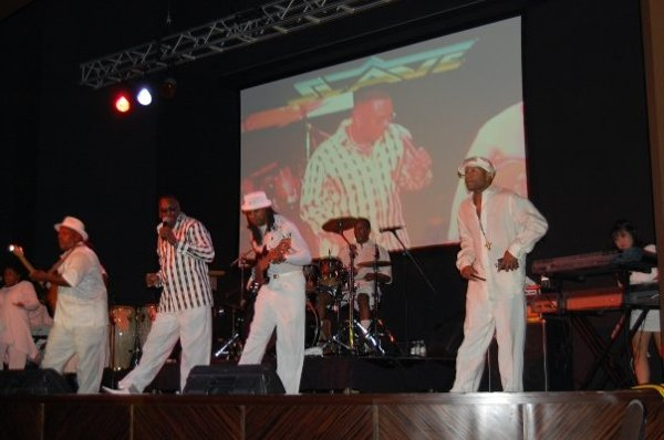 photo 3 of BrassBell Entertainment (Motown, R&B, Funk, Pop, Rock, Disco, Dance & Jazz)