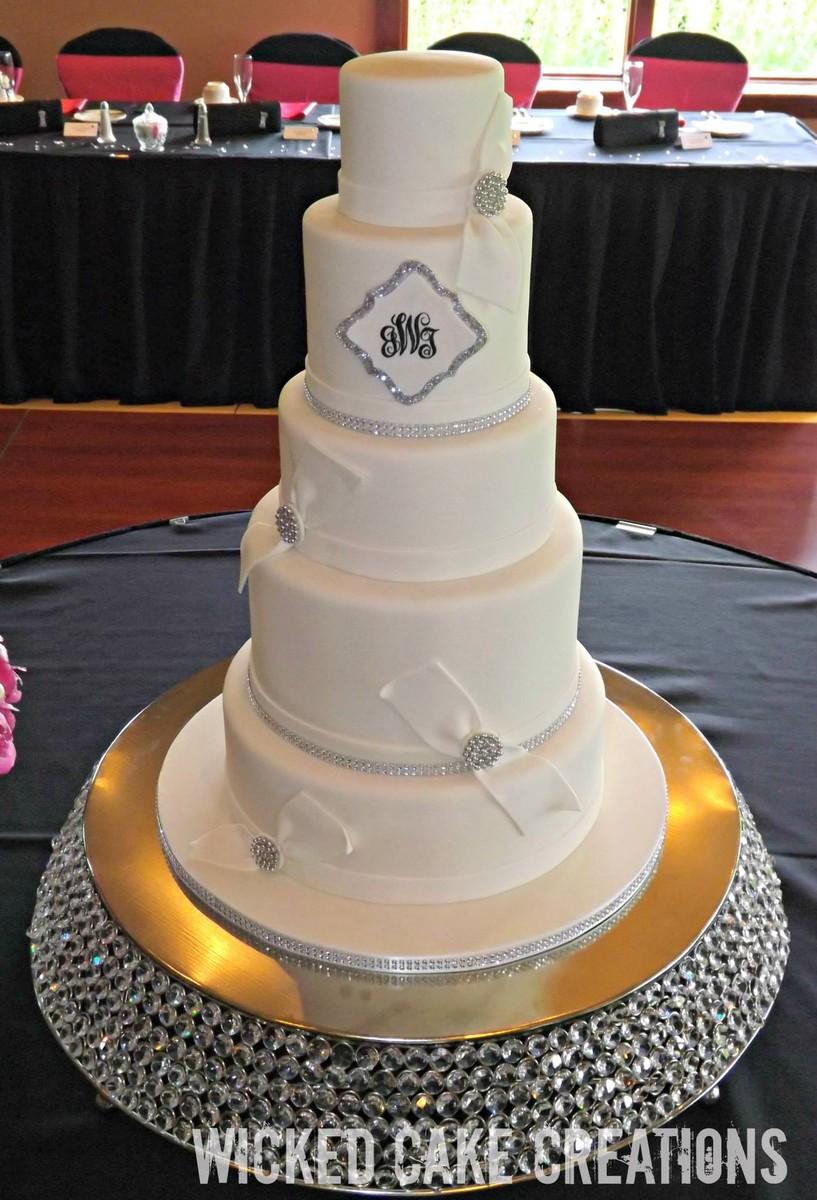 Wicked Cake Creations Wedding Cake Dayton Oh