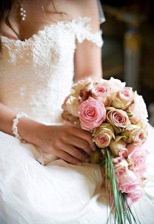 1289223828950 2 VARESE wedding planner