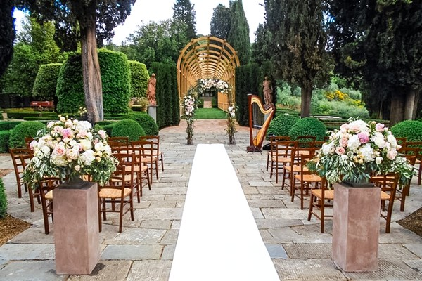 1469289027649 Tuscanyoutdoorweddingceremony VARESE wedding planner
