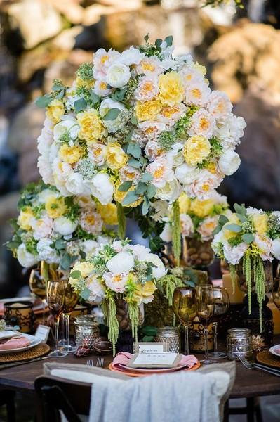 Coral Rustic Wedding Decor Fascianre 01 Los Angeles Wedding Planner