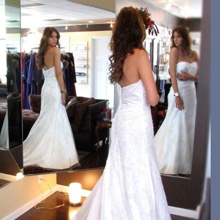 Minneapolis wedding dresses 72 minneapolis bridal shop for Wedding dress shops in minneapolis mn