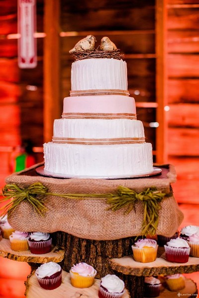1421587192838 1912524101526154343413502629406711960132990n Oneida wedding cake