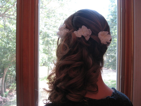 photo 2 of Bridal hair Design on Location