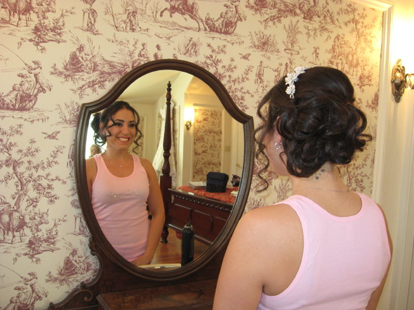 photo 3 of Bridal hair Design on Location