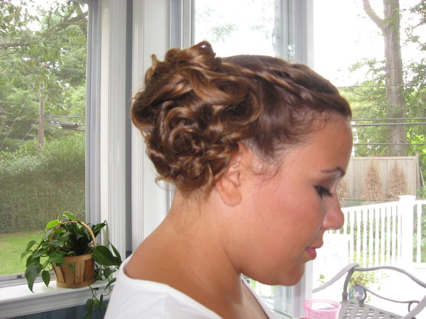 photo 4 of Bridal hair Design on Location
