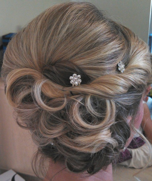 photo 12 of Bridal hair Design on Location