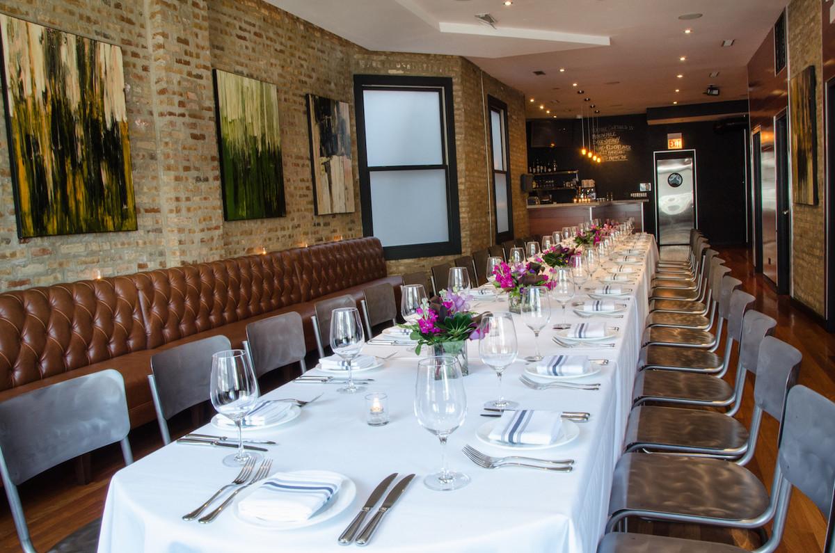 The bristol venue chicago il weddingwire for Best private dining rooms bristol