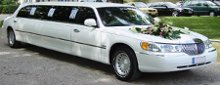 220x220 1291363718363 lincolntowncarlimousineweddingcar