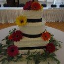 130x130_sq_1315314022030-weddingsblackboxwinecake012