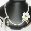 130x130 sq 1321069784003 flowernecklace