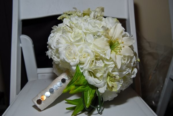 the bouquet hut flowers houston tx weddingwire. Black Bedroom Furniture Sets. Home Design Ideas