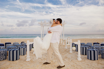 Vacations In Paradise Honeymoons and Destination Weddings