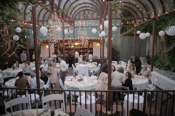 Avantgarden houston tx wedding venue for Small indoor wedding venues